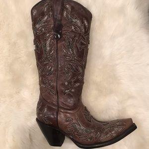 Beautiful Cowboy Pro boots.